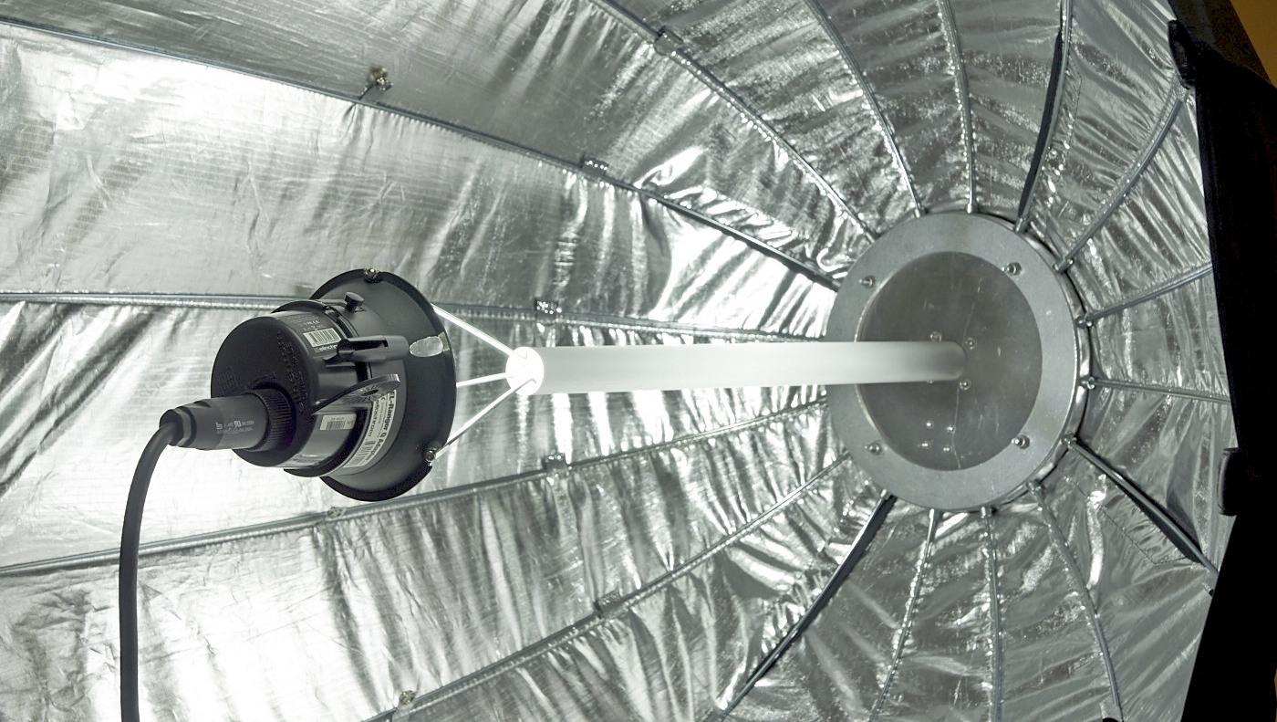 Self-made focusable deep parabolic reflector